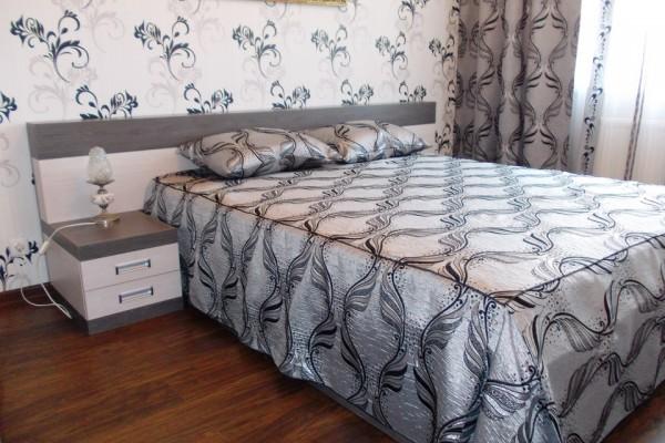 Спальні та ліжка